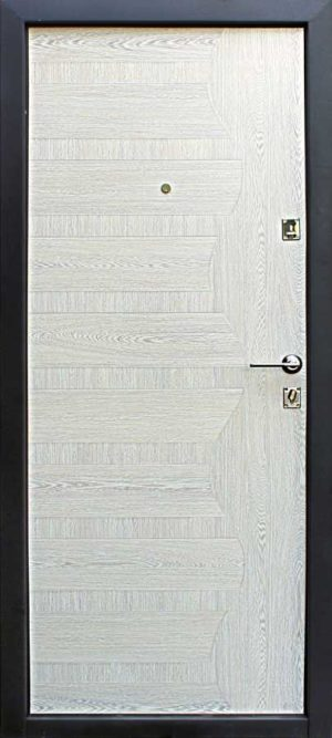 железная дверь уд 146 беленый дуб с белой панелью 2